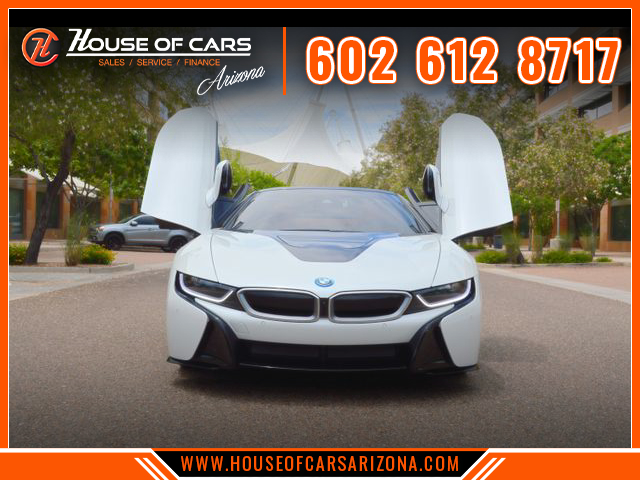 Pre-Owned 2019 BMW i8 Roadster 2D